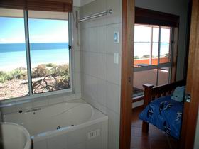 Ceduna Shelly Beach Caravan Park and Beachfront Villas - Whitsundays Accommodation