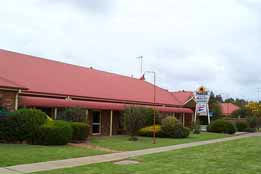 Quality Inn Parkes International
