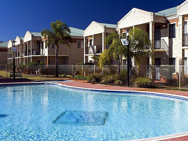 Country Comfort inter City Hotel  Apartments - Whitsundays Accommodation