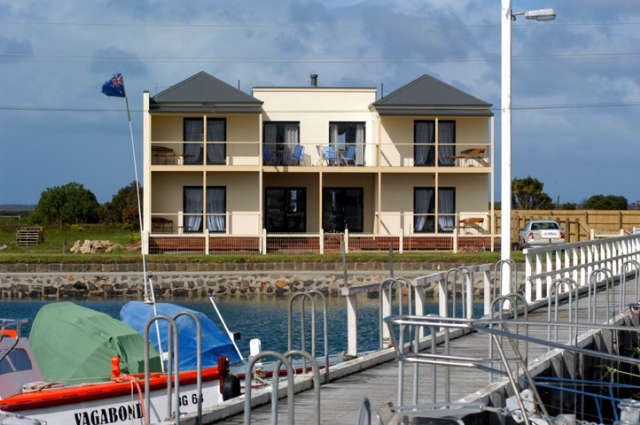 Port Albert Bed  Breakfast - Whitsundays Accommodation