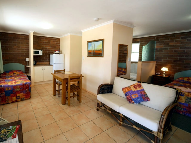 Rubyvale Motel  Holiday Units - Whitsundays Accommodation