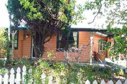 Times Past Bed  Breakfast - Whitsundays Accommodation