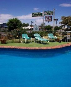 The Garden Court Motor Inn - Wellington - Whitsundays Accommodation