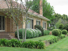 Westgate Vineyard Country House - Whitsundays Accommodation
