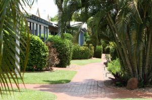 Broome Beach Resort - Whitsundays Accommodation