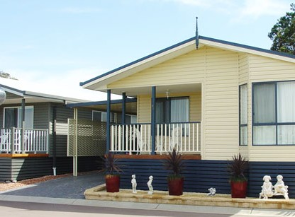 Palm Valley Motel And Home Village - Whitsundays Accommodation