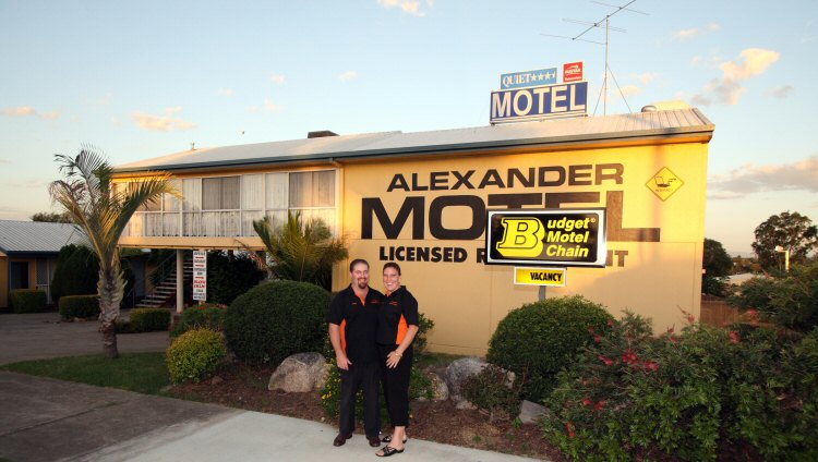 Alexander Motel - Whitsundays Accommodation