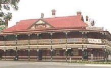 The New Coolamon Hotel - Coolamon - Whitsundays Accommodation