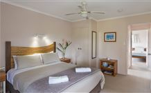 Cedar Creek Cottages - Whitsundays Accommodation