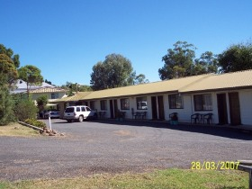 Killarney Sundown Motel and Tourist Park - Whitsundays Accommodation