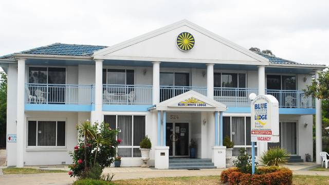 Blue and White Lodge - Whitsundays Accommodation