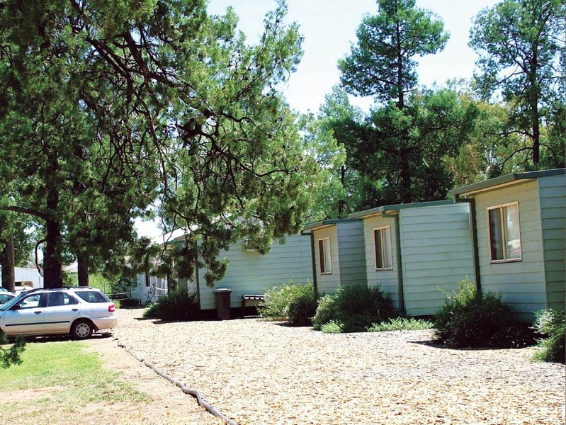 Camp Cypress Cabin and Caravan Park