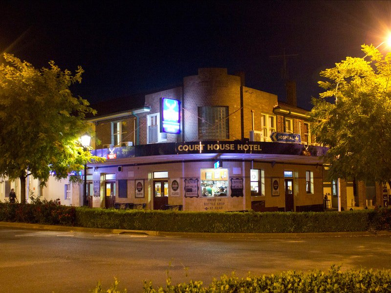 Courthouse Hotel Boorowa - Whitsundays Accommodation