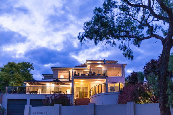 Eugenie's Luxury Accommodation - Whitsundays Accommodation