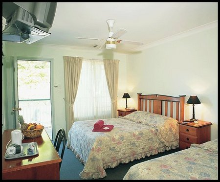 Miranda Lodge - Whitsundays Accommodation