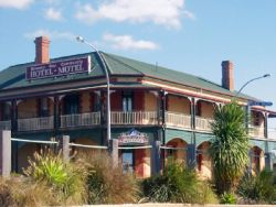 Streaky Bay Hotel Motel - Whitsundays Accommodation