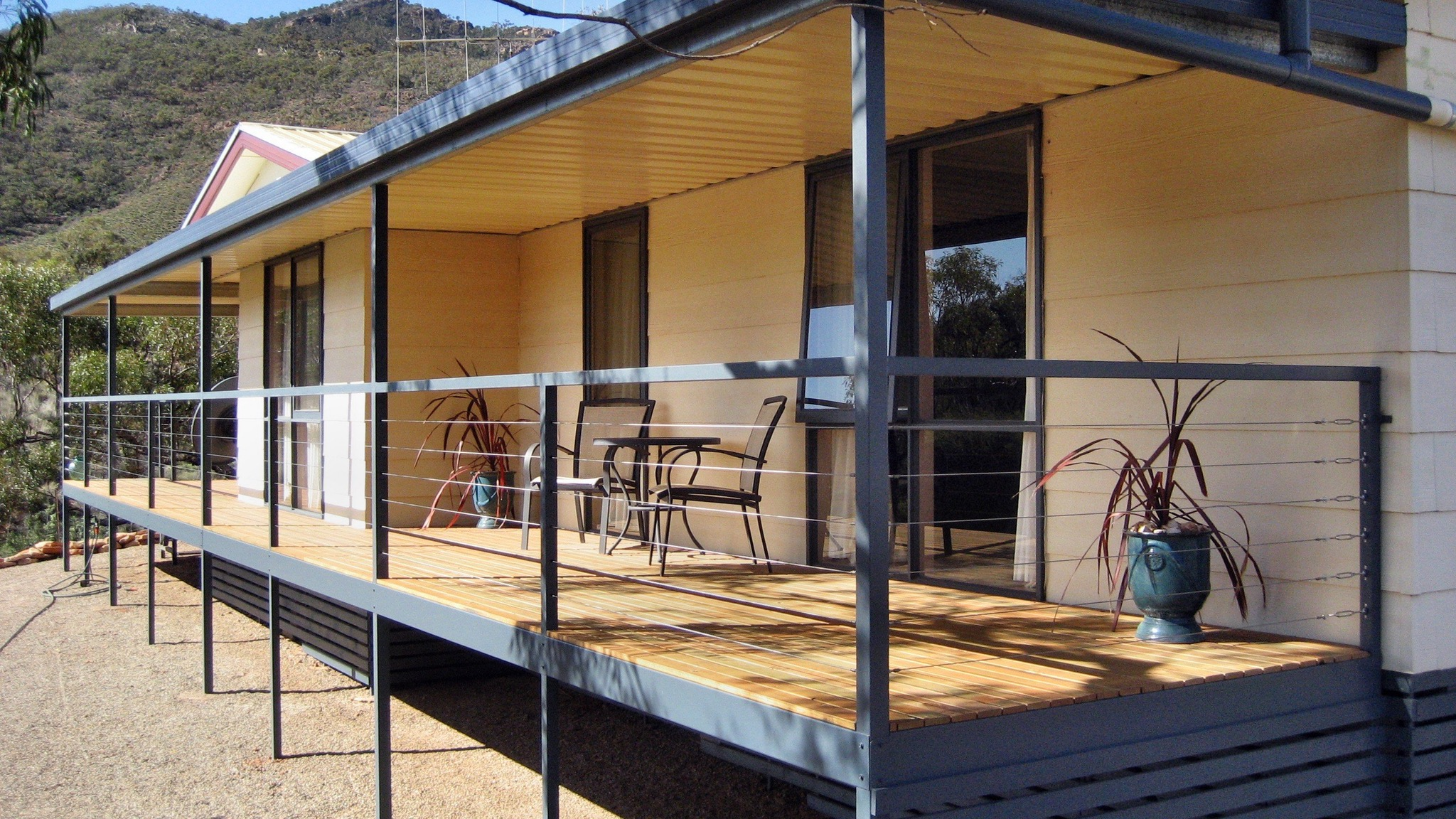 Devil's Peak Bed  Breakfast - Whitsundays Accommodation