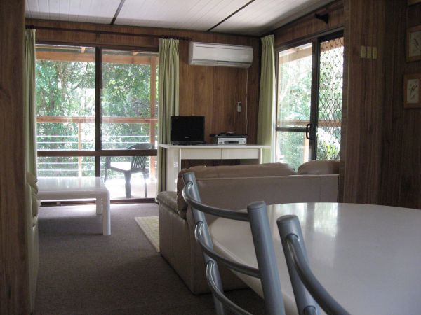 Dunns Creek Downs Nature Stay - Whitsundays Accommodation