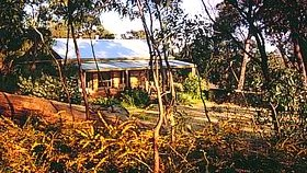 Trestrail Cottage - Whitsundays Accommodation