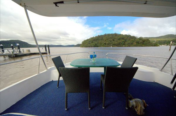 Luxury Afloat Hawkesbury River and Brooklyn - Whitsundays Accommodation
