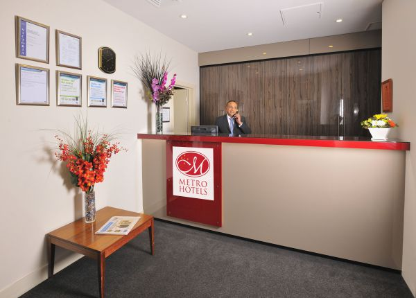 Metro Apartments On Bank Place - Whitsundays Accommodation