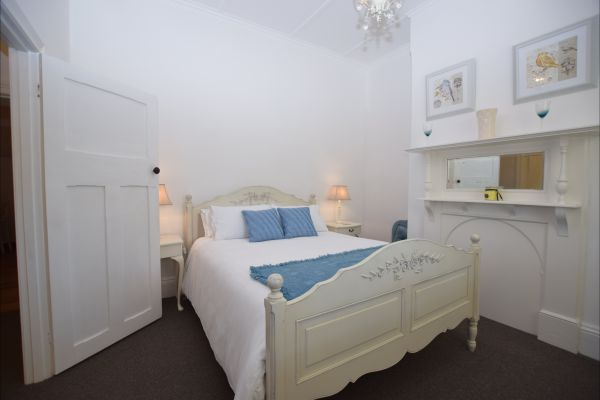 The Provincial Bed & Breakfast - Whitsundays Accommodation