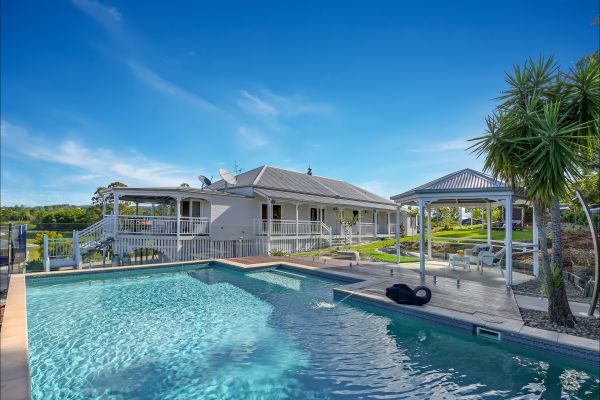 The Farmhouse Eumundi - Whitsundays Accommodation