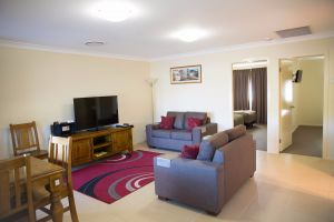 Scone Motor Inn and Apartments - Whitsundays Accommodation
