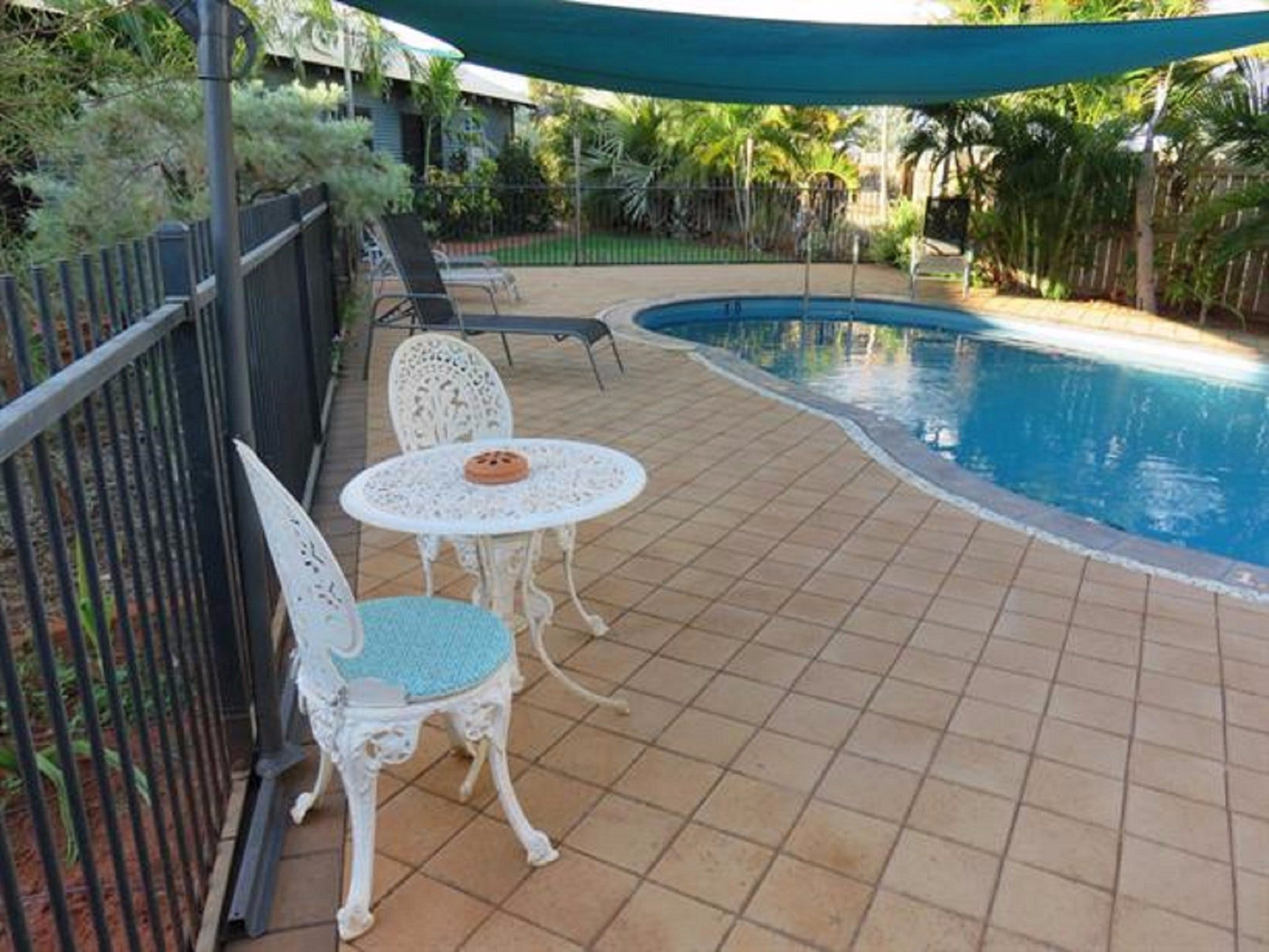 Demco Bed and Breakfast - Whitsundays Accommodation