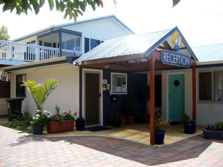 Esperance All Seasons Esplanade Apartments - Whitsundays Accommodation