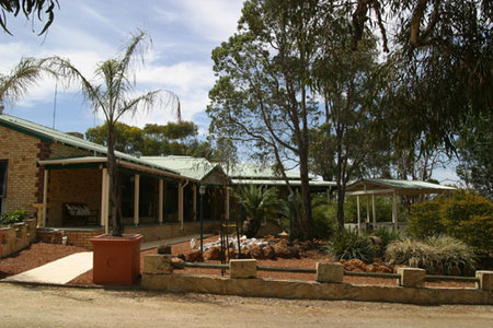 Black Wattle Retreat Bed & Breakfast