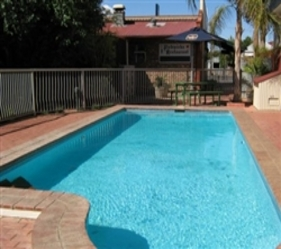 Old Willyama Motor Inn - Whitsundays Accommodation