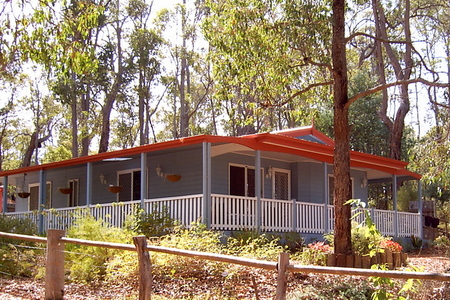 Tortoiseshell Farm - Whitsundays Accommodation