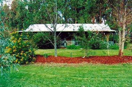 Redgate Farmstay - Whitsundays Accommodation