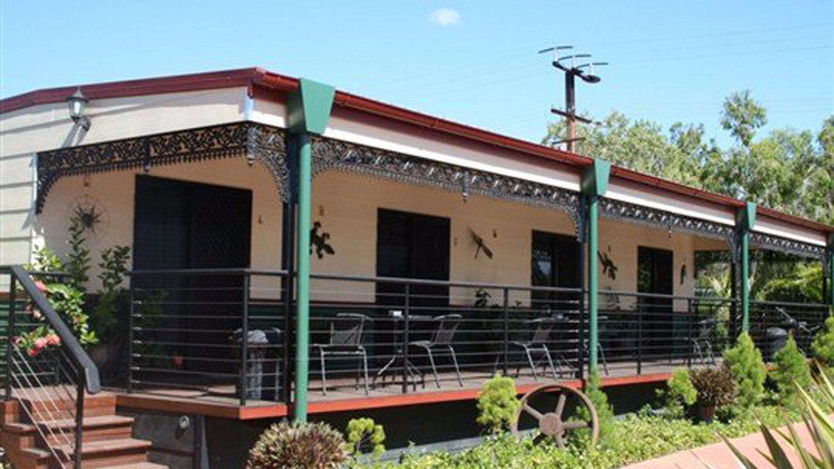 Pine Creek Railway Resort - Whitsundays Accommodation