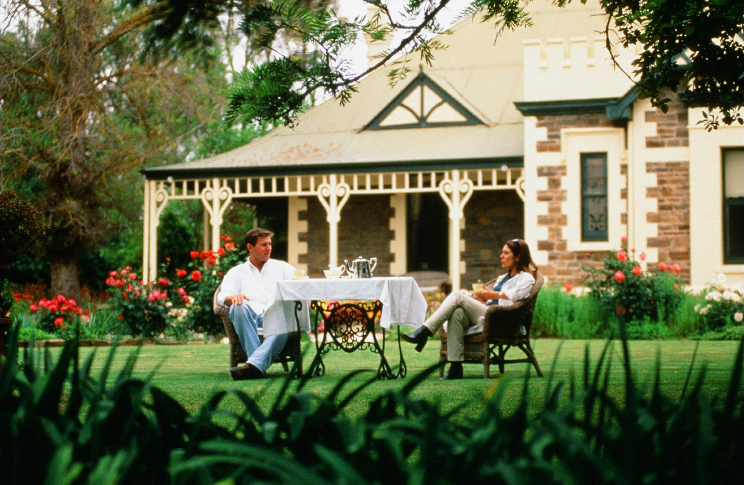 The Lodge Country House - Whitsundays Accommodation