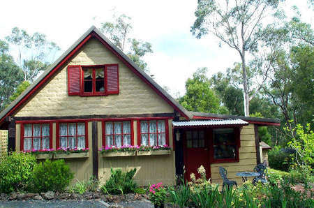 Jumbuk Cottage Bed and Breakfast - Whitsundays Accommodation
