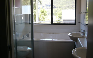 Glengarriff Town Houses - Whitsundays Accommodation
