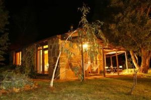 Wombat Hills Cottages - Whitsundays Accommodation