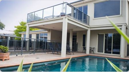 Eugenies Luxury Accommodation - Whitsundays Accommodation