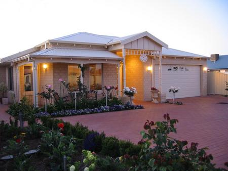 Sussex on Willis Cove Bed and Breakfast - Whitsundays Accommodation