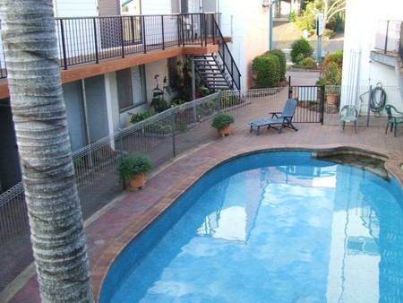 Bargara Beachfront Holiday Apartments - Whitsundays Accommodation