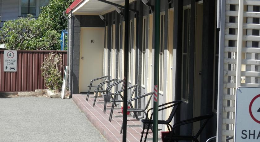 Benjamin Singleton Motel - Whitsundays Accommodation
