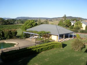 Tranquil Vale Vineyard - Whitsundays Accommodation