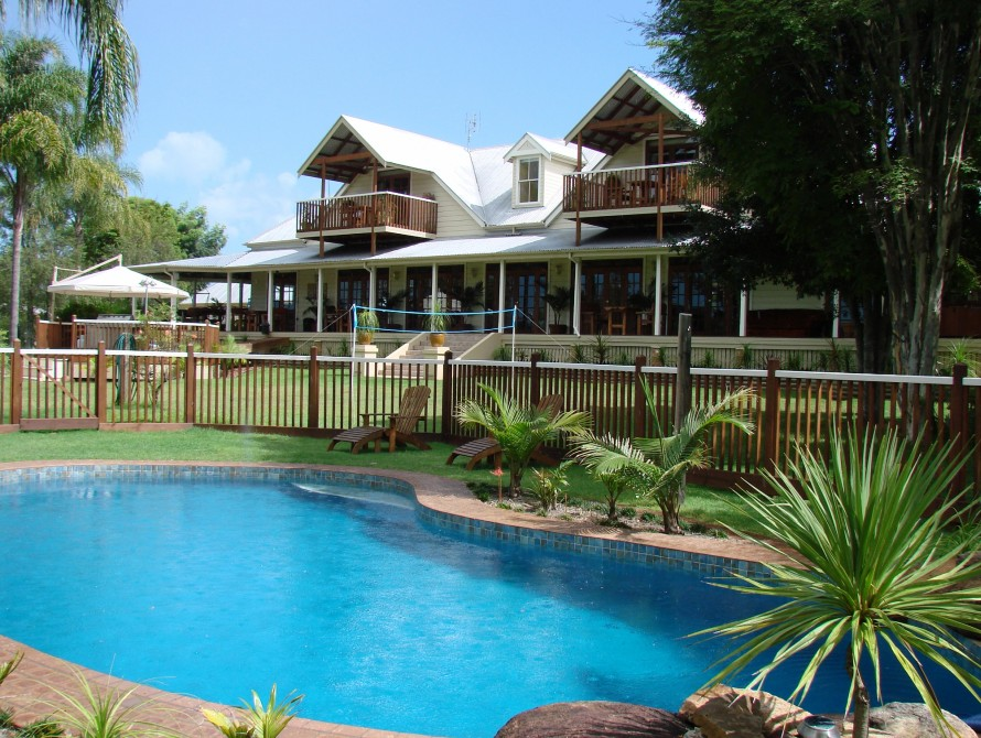 Clarence River Bed  Breakfast - Whitsundays Accommodation