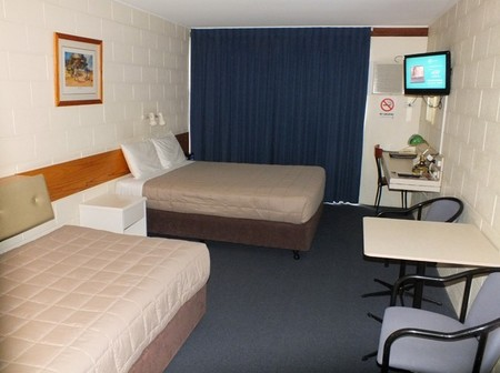 Central Motel - Whitsundays Accommodation
